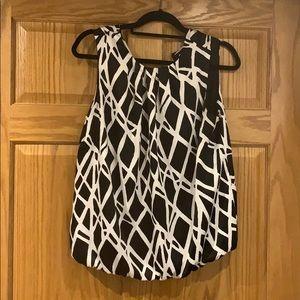 LIZ CLAIBORNE black/white pattern blouse shell